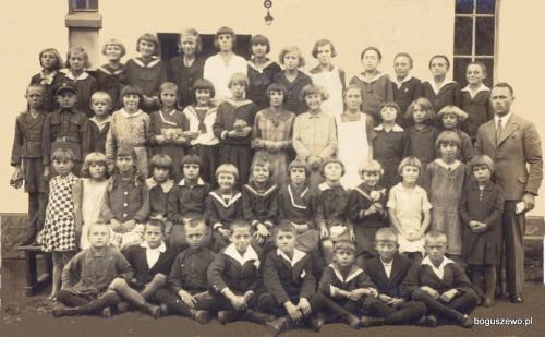 6 około 1933r